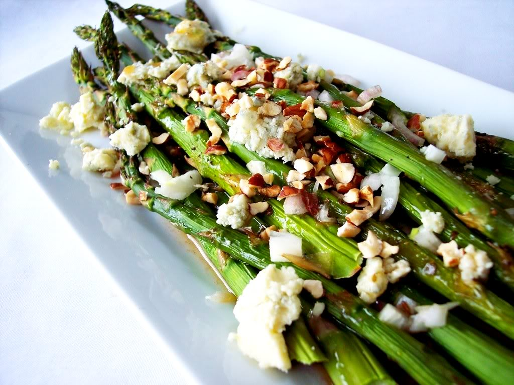 Aug 06,  · Sauteed Asparagus. One of the easiest recipes to make over the stove top is garlic butter sauteed asparagus. You don't even need to pre-heat or use your oven to roast because this recipe takes only 10 minutes and the taste is absolutely delightful. Just saute the asparagus with some butter, lots of garlic, season with salt and pepper!5/5(1).