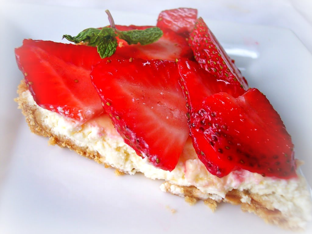 strawberry ricotta graham tartlets recipes dishmaps strawberry ricotta ...