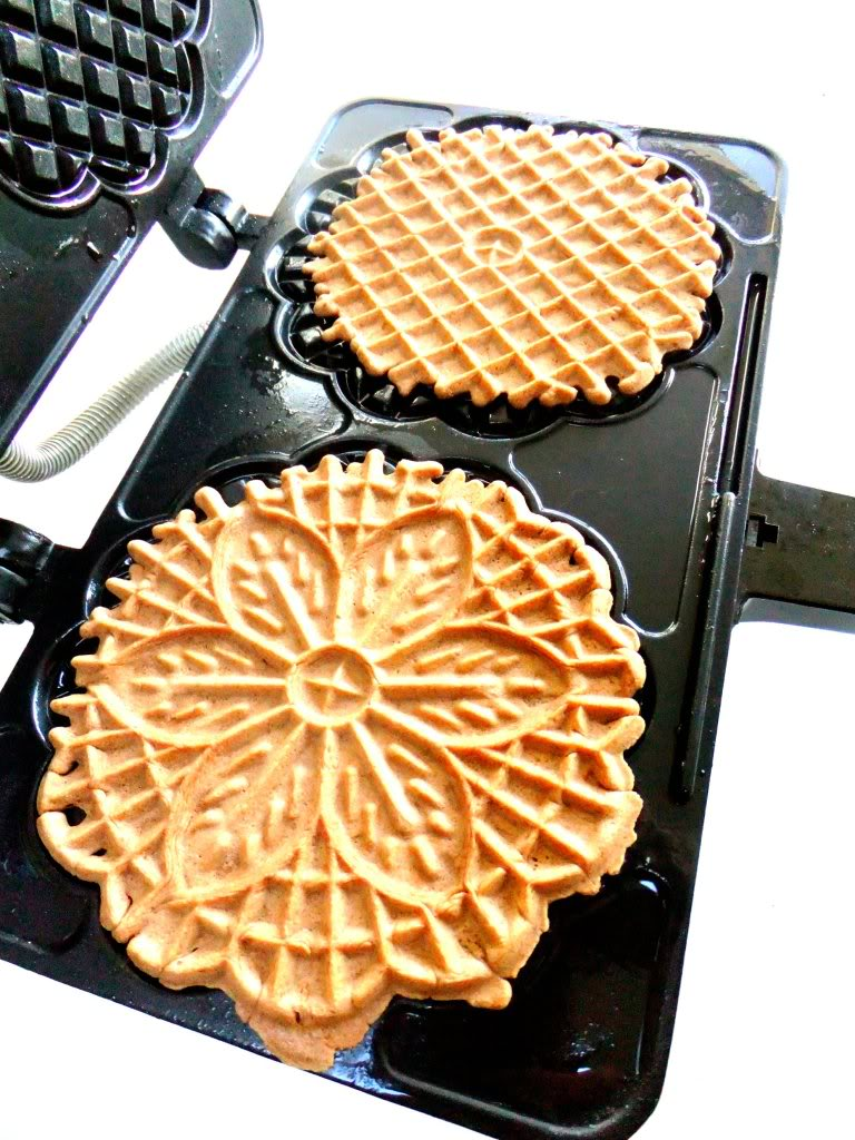 Waffle Wafer Cookies Making Pizzelle...
