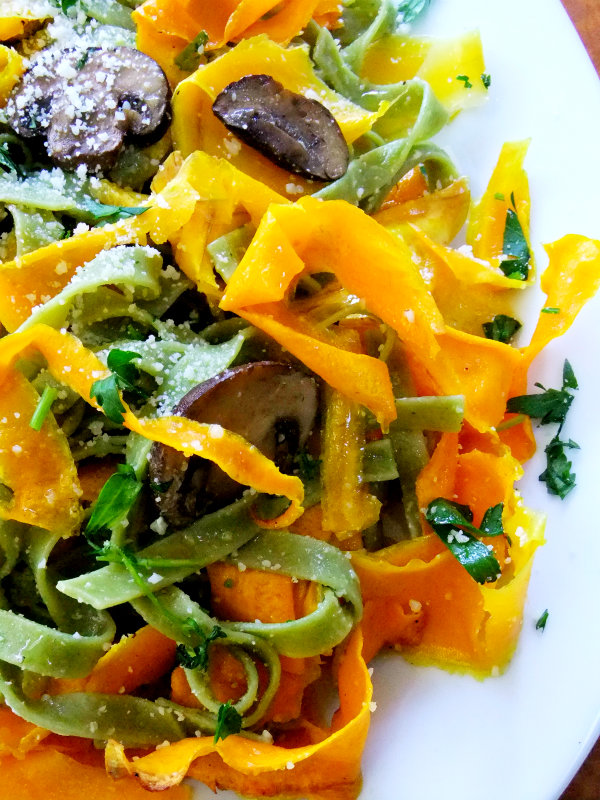 squash ribbons with spinach tagliatelle