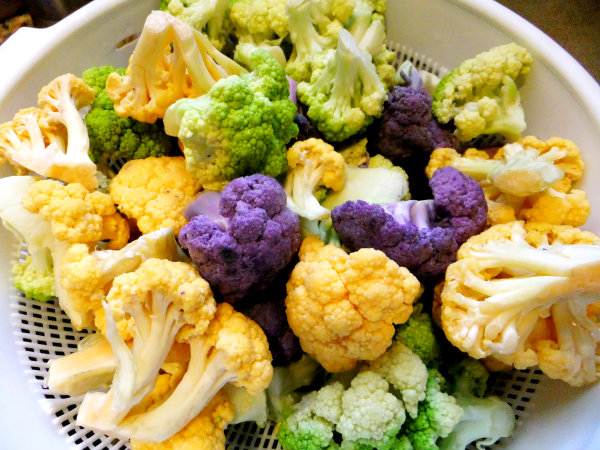 raw colored cauliflower