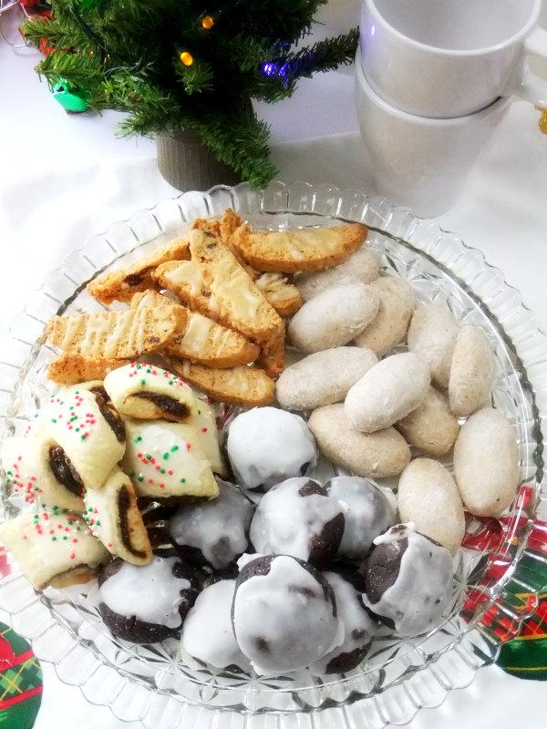 Italian cookie platter