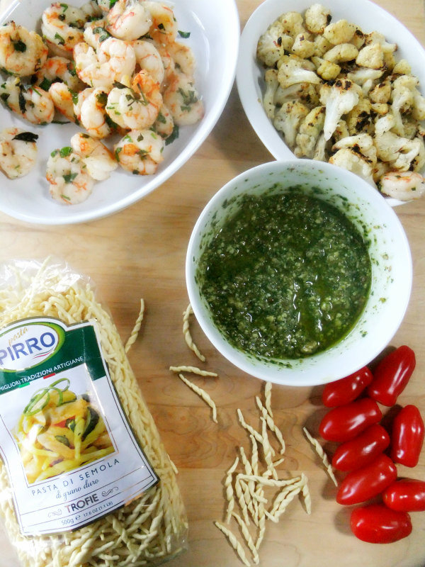 trofie pasta with pesto and shrimp ingredients