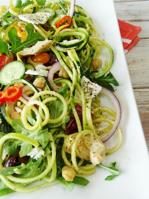 mediterranean zoodle salad
