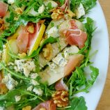 Pear Salad with Arugula, Prosciutto and Gorgonzola