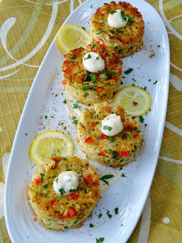 Baked Crab Cakes With Meyer Lemon Aioli Proud Italian Cook