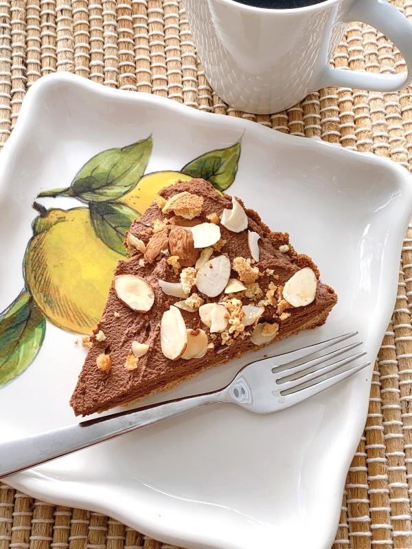 chocolate tart slice